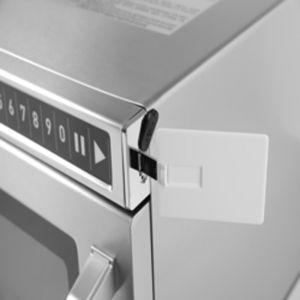 Cuptor microunde profesional, digital, 18 lt, inox, memorie 100 programe, programabil cu USB, putere intrare 3000W, putere iesire 1800W, Hendi